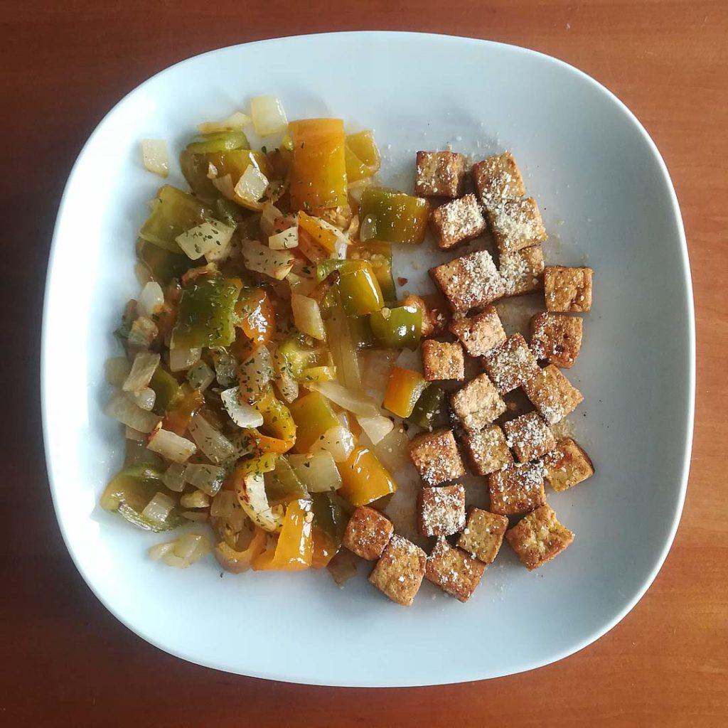 Receta dados de tofu con verduras